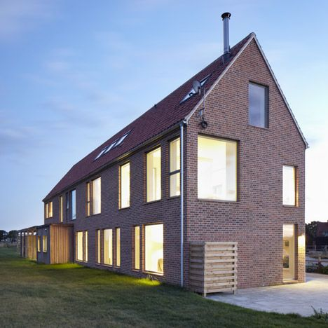 This house in rural england was designed by british for English for architects