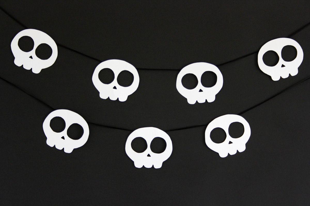 Man sieht es meinem Blog nicht unbedingt an, aber ich liebe Halloween! Geister, Dämonen, Zombies und Monster finde ich super und ich bin ein riesiger Fan von Gänsehaut. Auch Horrorfilme könnte ich …