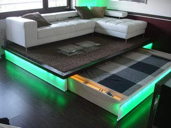 beleuchtetes ausziehbett zimmer bett podest und verstecktes bett. Black Bedroom Furniture Sets. Home Design Ideas