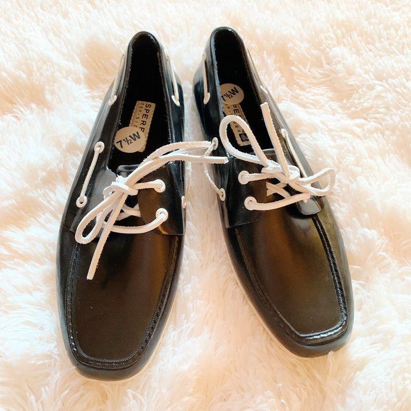 Inner shoe marking says 7.5