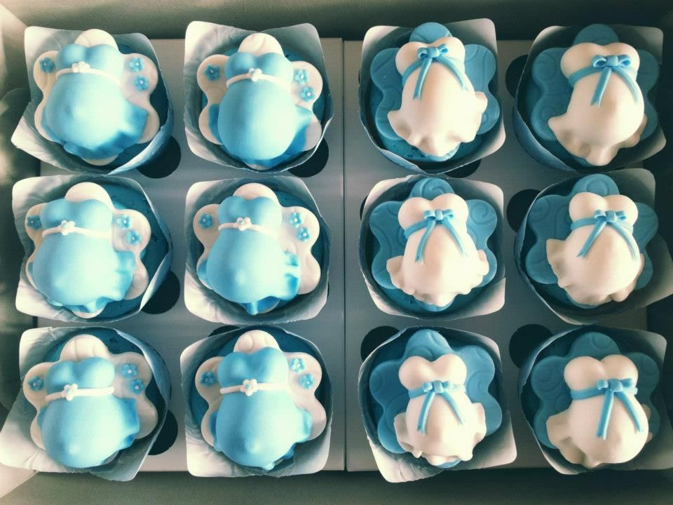 pregnant belly cupcakes