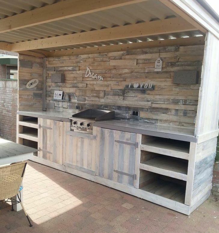 Mooie buitenkeuken, geweldig project om zelf te maken Backyard