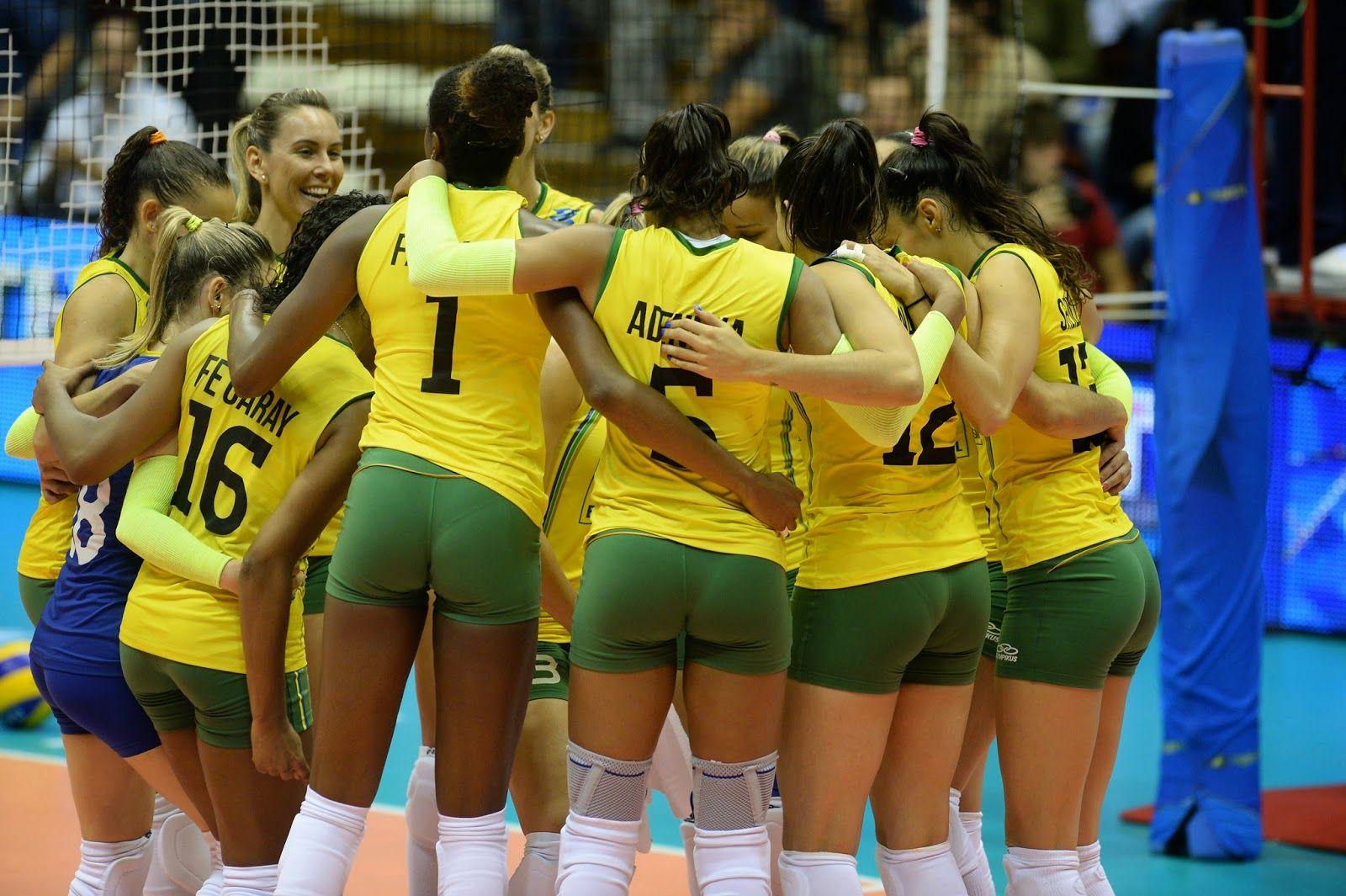 Duringthefivbwomensworldchampionshippoolbmatchbetweenbrazilandbulgariaonseptember232014intrieste Women Volleyball Brazilian Women Women