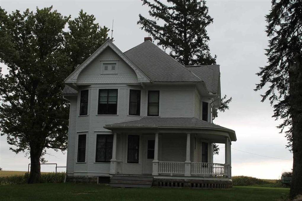1700 County Road W42 Ossian Ia 52161 Iowa Farmhouse House Plans Farmhouse Old Farm Houses