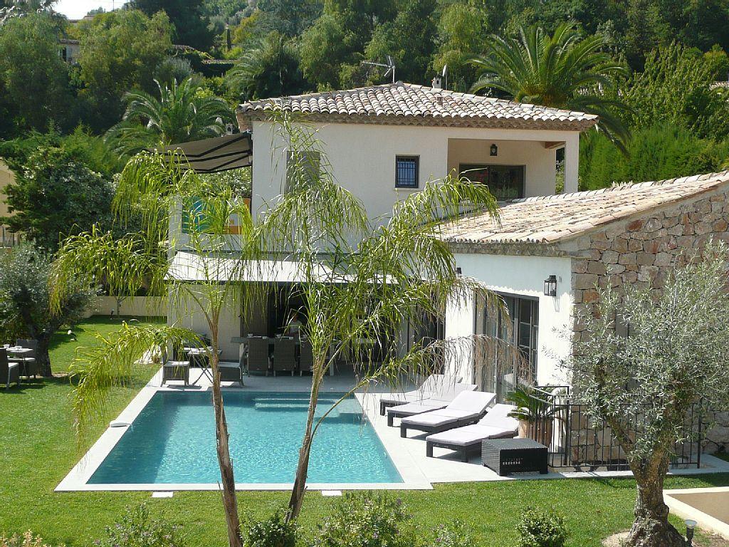 Propriete Luxueuse Calme Piscine Chauffee Salle De Sport Hammam Parkings Alpes Maritimes Maison Mediterranee Maison De Vacances Maisons Mediterraneennes