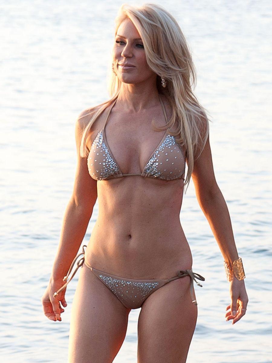 Bikini Brittany Blanton naked (84 photos), Topless, Sideboobs, Feet, in bikini 2019
