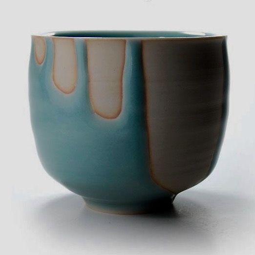 青白磁    筒茶碗