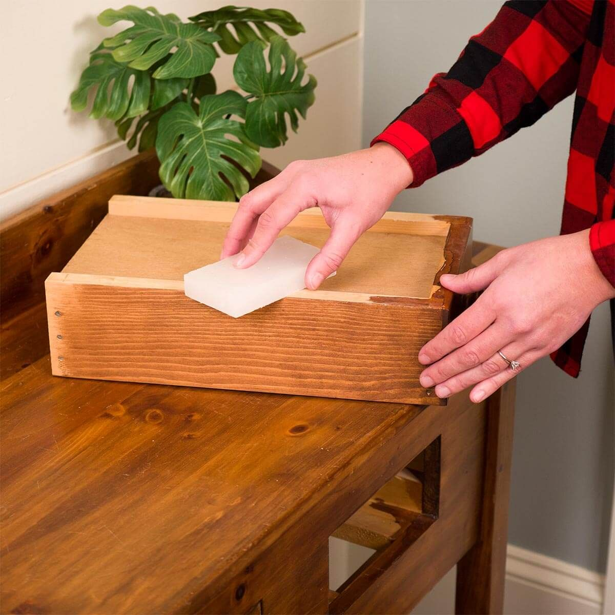 Gulf Wax For Sticky Drawers Home Repairs Wooden Drawers Diy Home Repair