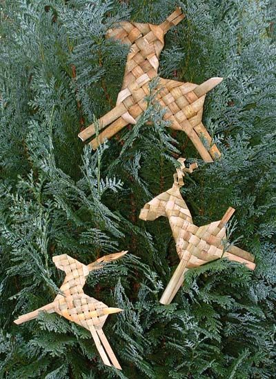 Primitive woven reindeer! This links to nothingness but I bet I could figure out how to make these. So sweet and simple