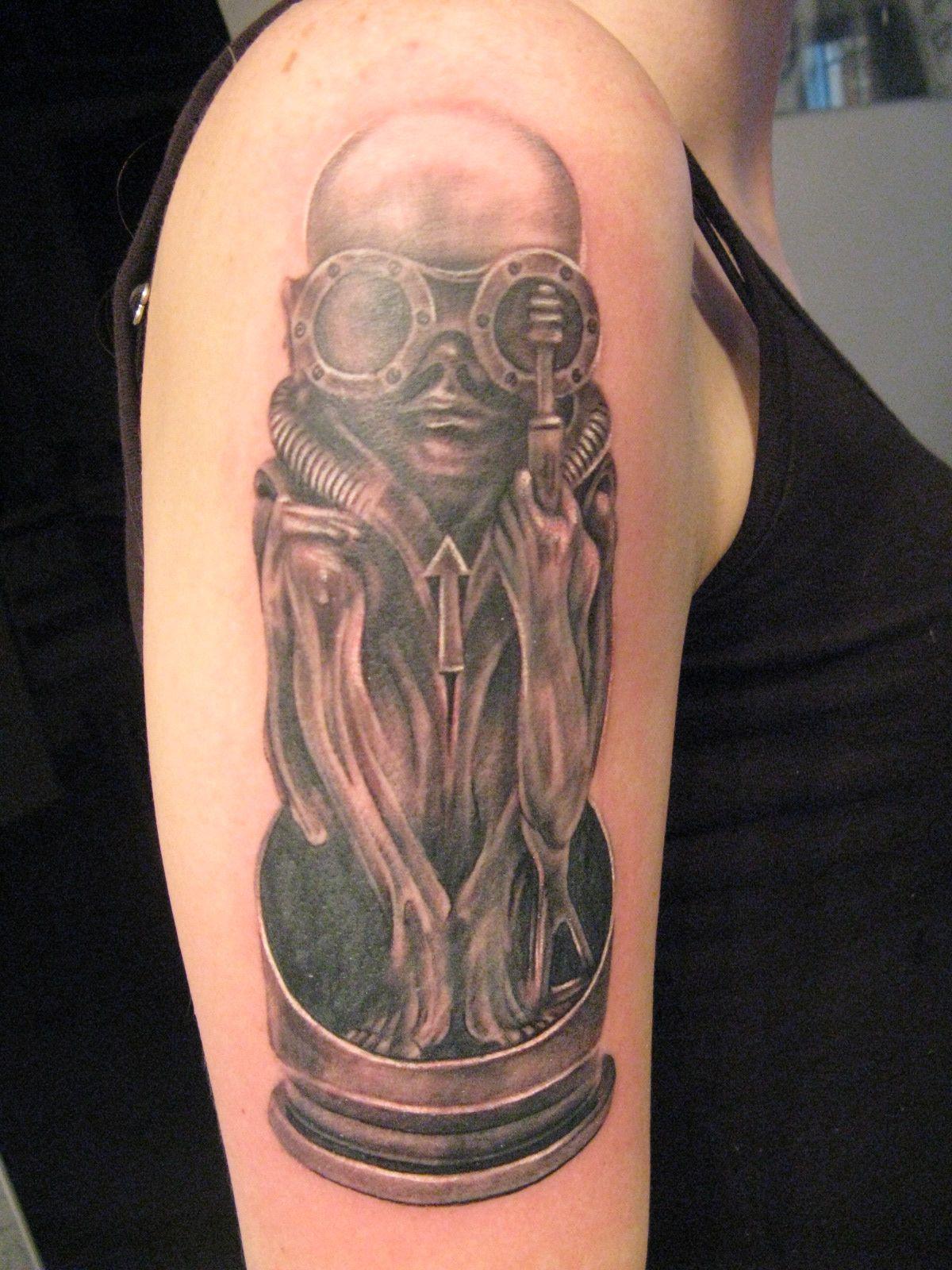 Hr giger tattoo designs - H R Giger Tattoo Netty Cz Jihlava