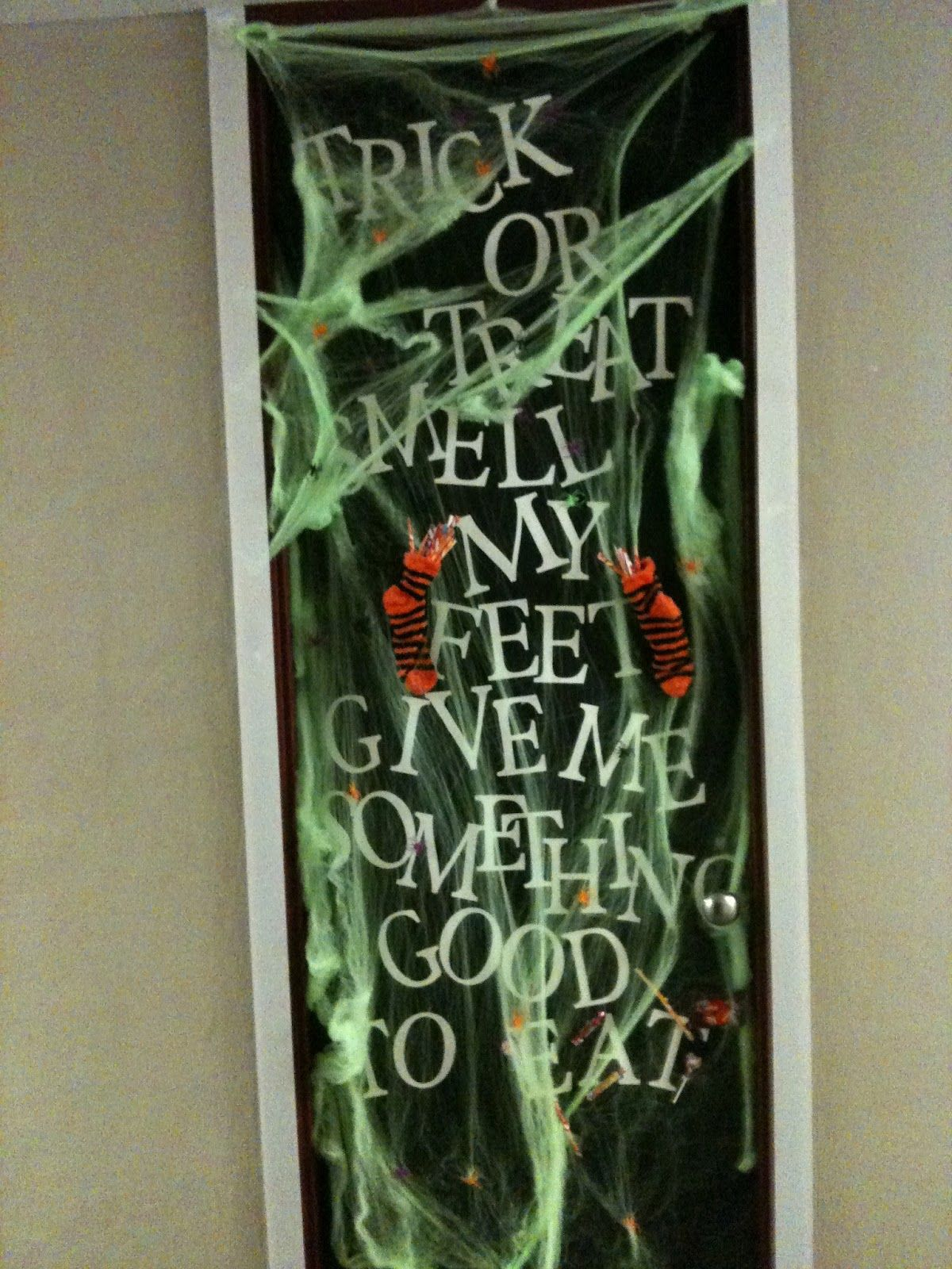 my crafty side Halloween Door Decoration Halloween Pinterest - Halloween Door Decorations