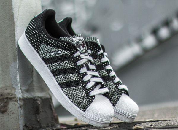 Adidas Superstar toile tissée blanc et noir 6.jpg (600×438