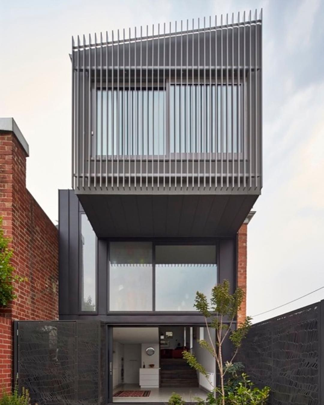 A Victorian terrace house this design achieved a 7 star energy ...
