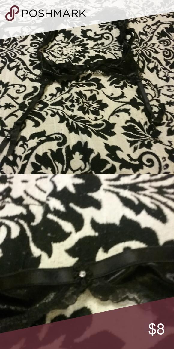 391769cb7 Fredericks of Hollywood garter belt Black garterbelt. Never worn.  Frederick s of Hollywood Intimates   Sleepwear