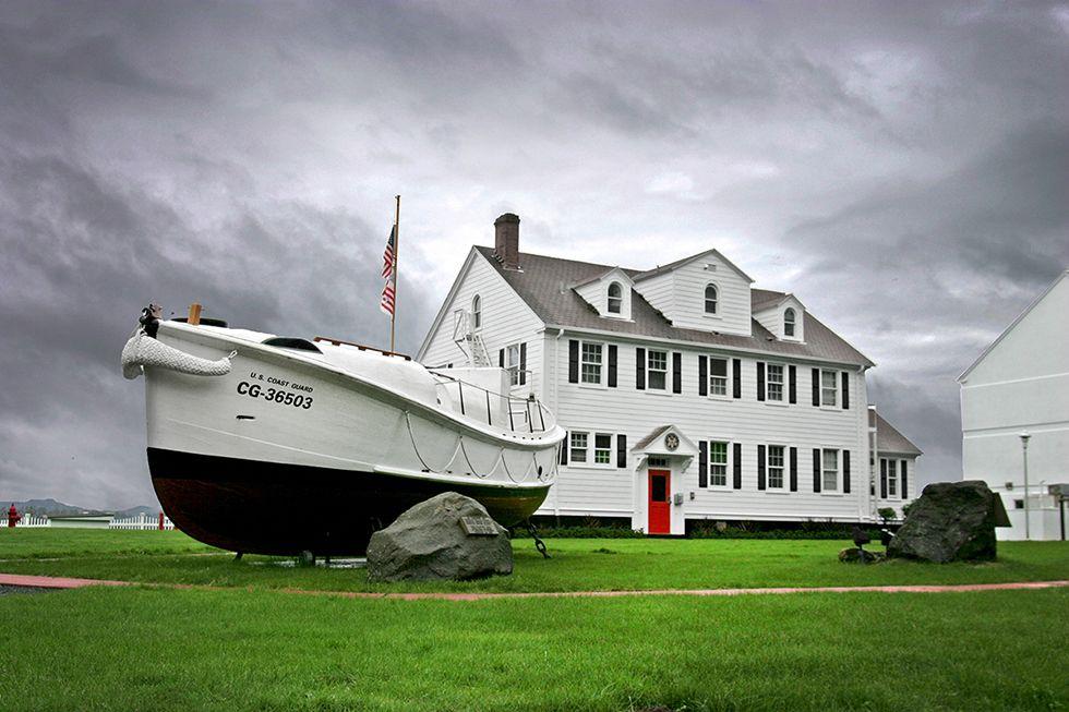 Photographing Oregon Newport Coast Guard Station. Usa