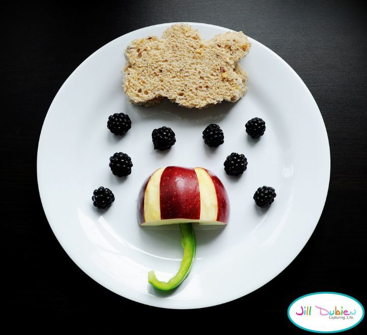we love this rain cloud sandwich with an apple umbrella for a fun kids lunch idea