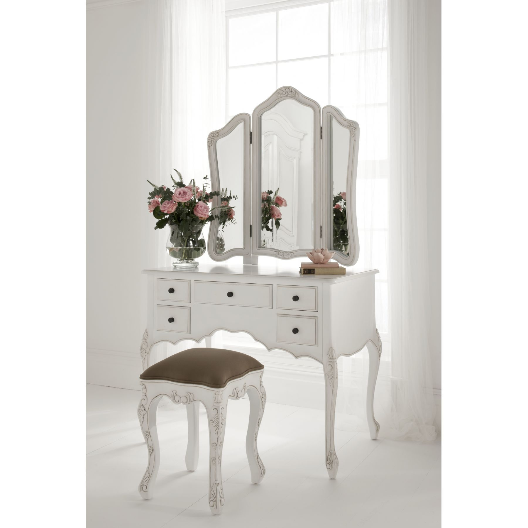 Exceptional Dressing Tables Classic And Modern Design: Amazing White  Trifold Mirror With 5 Drawers Storage And Stool As Inspiring Classy Makeup  Vanity ...