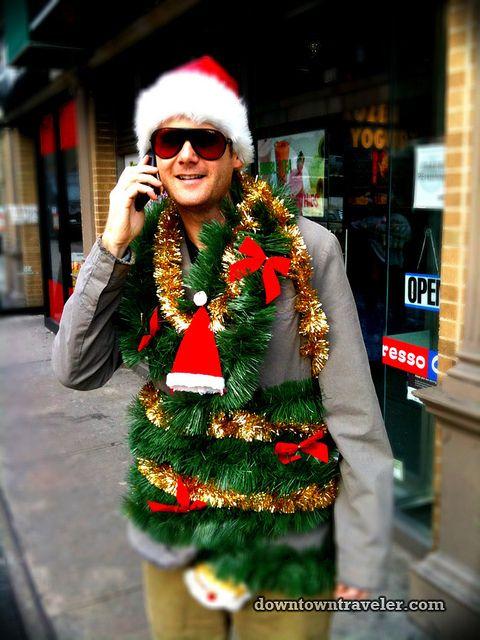 Christmas Tree | Community Post 31 DIY Costume Ideas To Rock For SantaCon  sc 1 st  Pinterest & 31 DIY Costume Ideas To Rock For SantaCon | Diy costumes Christmas ...
