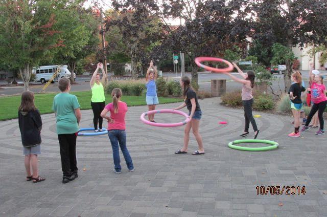 Human Ring Toss | Family Vacation | Pinterest | Juego, Actividades y ...