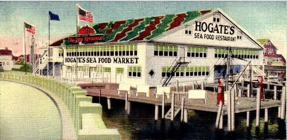 Hogate S Seafood Restaurant Just To The Right Of Where 9th Street Causeway Met Island No Year But Design Maritime Fuel Pumps Offer A