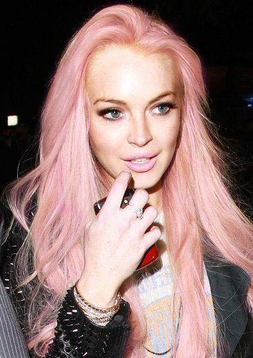Revisiting Lindsay Lohan S Pink Hair And Loving It Pastel Pink Hair Pastel Hair Pink Hair