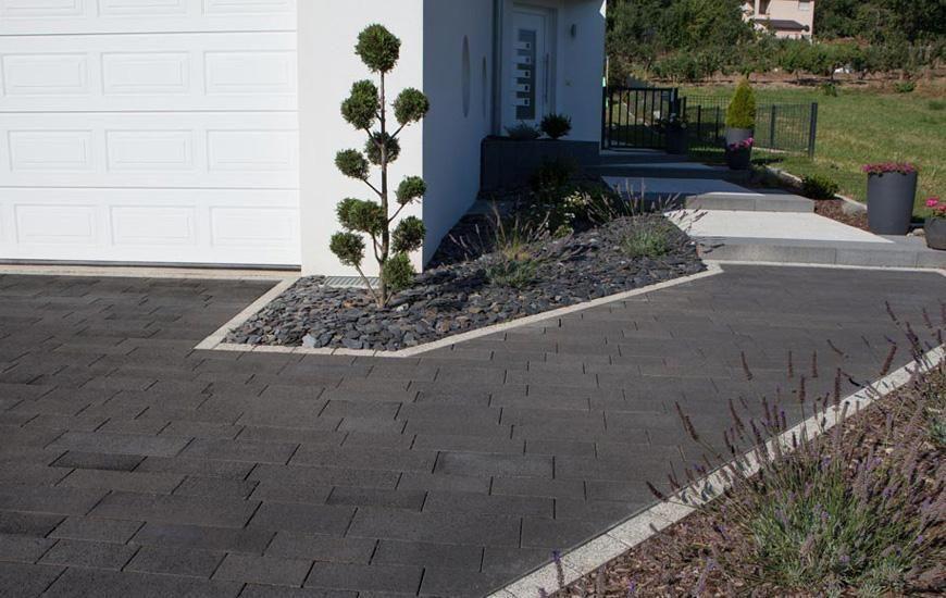 Trecaro basalto gartenweg einfahrt auffahrt for Gartengestaltung hauseingang