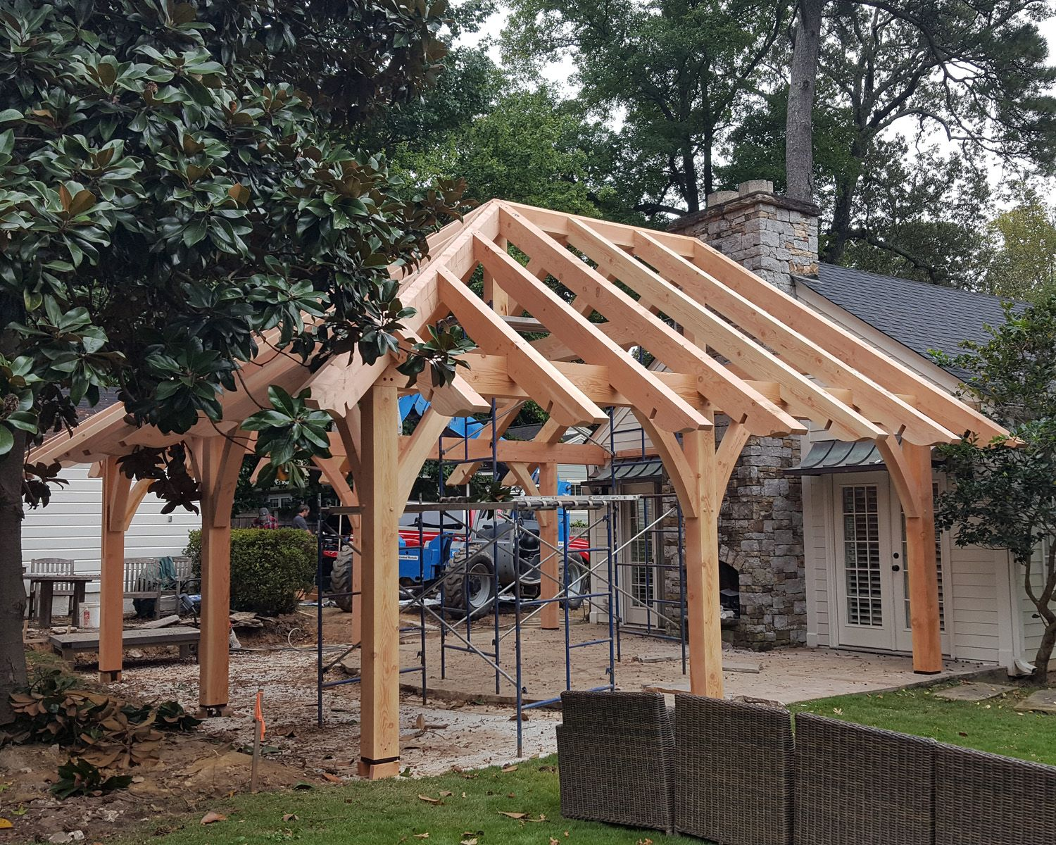 Buckhead Atlanta. Timber frame outdoor room ready for T&G Roof ...