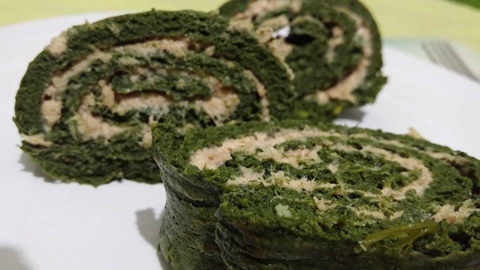 Rotolo di frittata di spinaci con ripieno di tonno