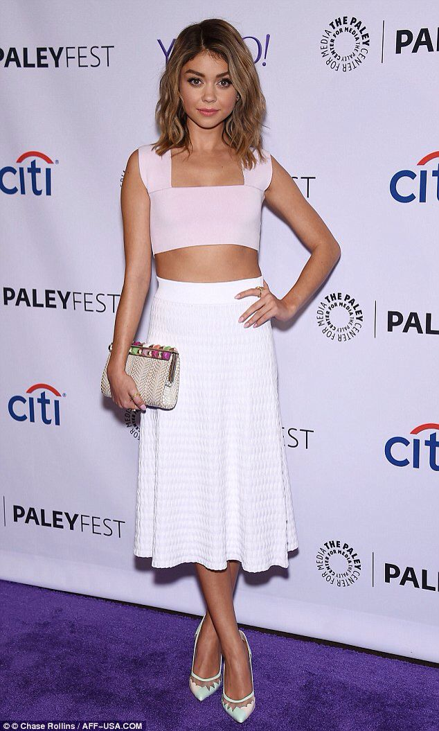 Sarah Hyland showed off her brand new hairdo when she arrived to PaleyFest LA on Saturday in Hollywood
