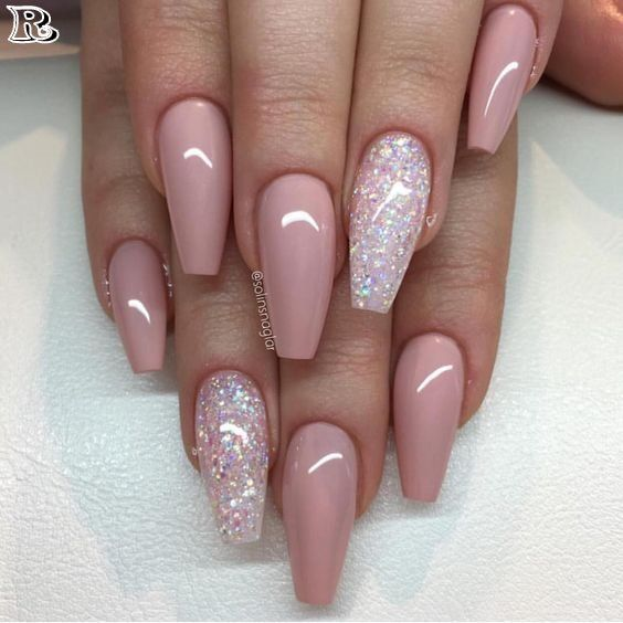 30 Stunning and Amazing Pink Acrylic Nails