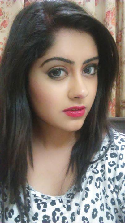 Cute Punjabi Actress Ronica Singh  Beautiful Girl Face -2848