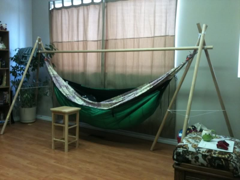 Diy Hammock Chair Stand With Simple Frame And Catchy Fabric Color Appealing  DIY Hammock Chair Stand