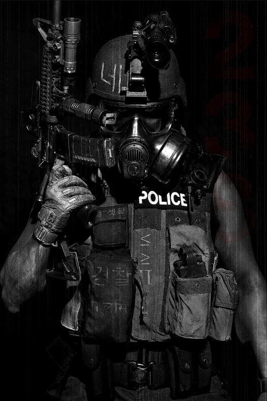Riot Future Soldier Cyberpunk Future Police Mask