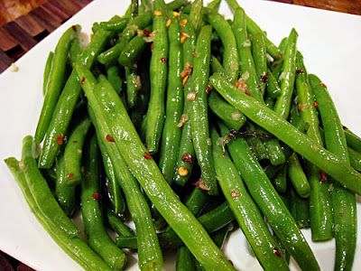 { rachel's bite }: Dramatically Seared Green Beans wtih Garlic and Chiles (sub out oil - use ghee or coconut oil)