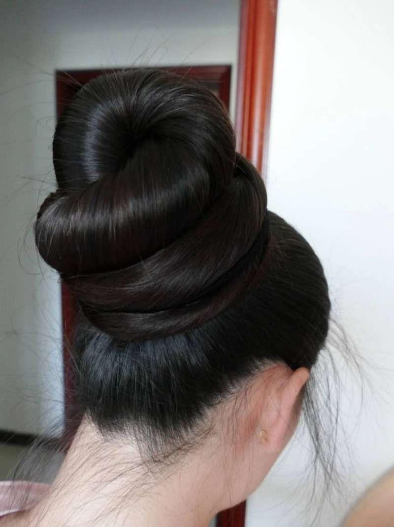 Super Long Ponytail Made To Huge Bun Chinalonghair Com Long Hair Styles Beautiful Long Hair Big Bun Hair