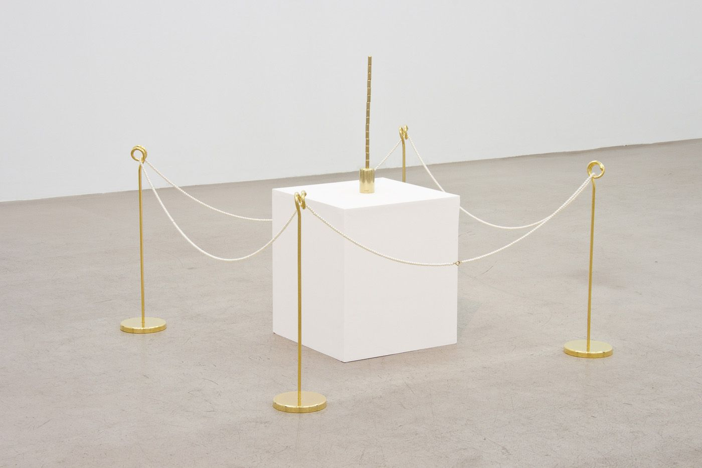 Installation view, Benjamin Lignel, Lingam and Yoni,  How do you like me now ? NextLevel Galerie, 2013, Photo: F. Kleinefenn