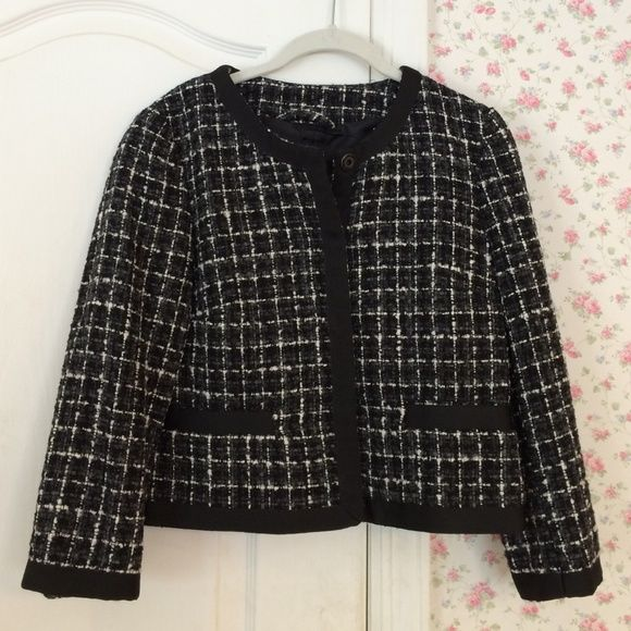 NWOT Blazer. Black, grey and white tweed. Two front pockets. Snap closure. Black ribbon trim. Brand new condition. Shell 40% cotton 35% acrylic 13% polyester 12% wool. Lining 100% polyester. Dry clean only. H&M Jackets & Coats Blazers