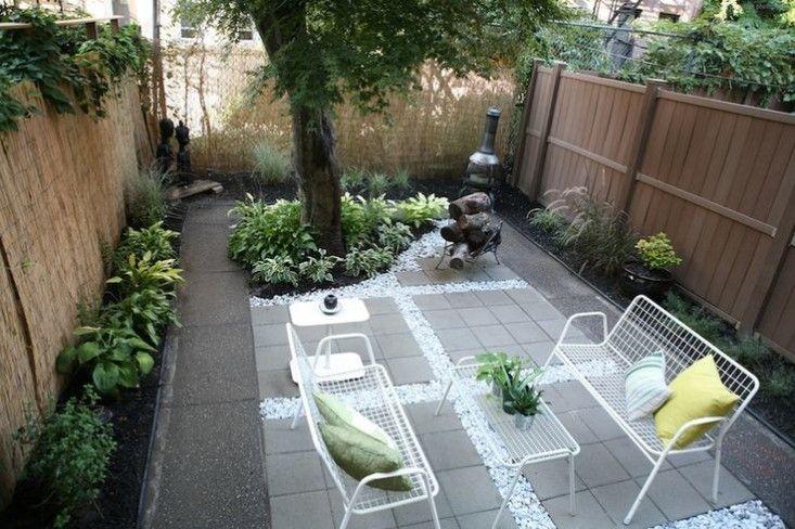 Before And After A Modern Brooklyn Backyard On A Budget Townhouse Garden Backyard Layout Backyard Landscaping Designs
