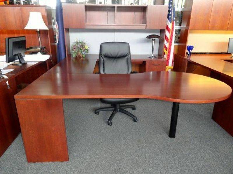 Used Office Furniture Desks Wonderful Desk For Rudnick