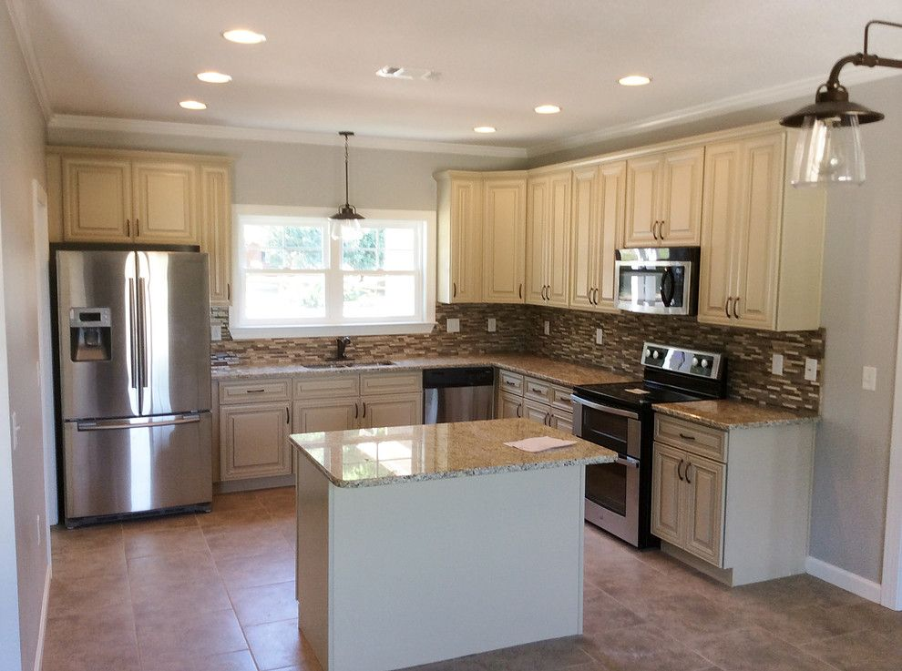 Madison White Cabinets With Somerset Hardware Wood Kitchen