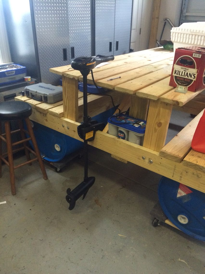 With motor and battery floating picnic table project for Pallet boat plans