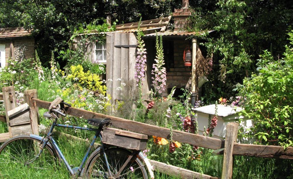 Bauerngarten anlegen gestalten und bepflanzen for Naturgarten gestalten