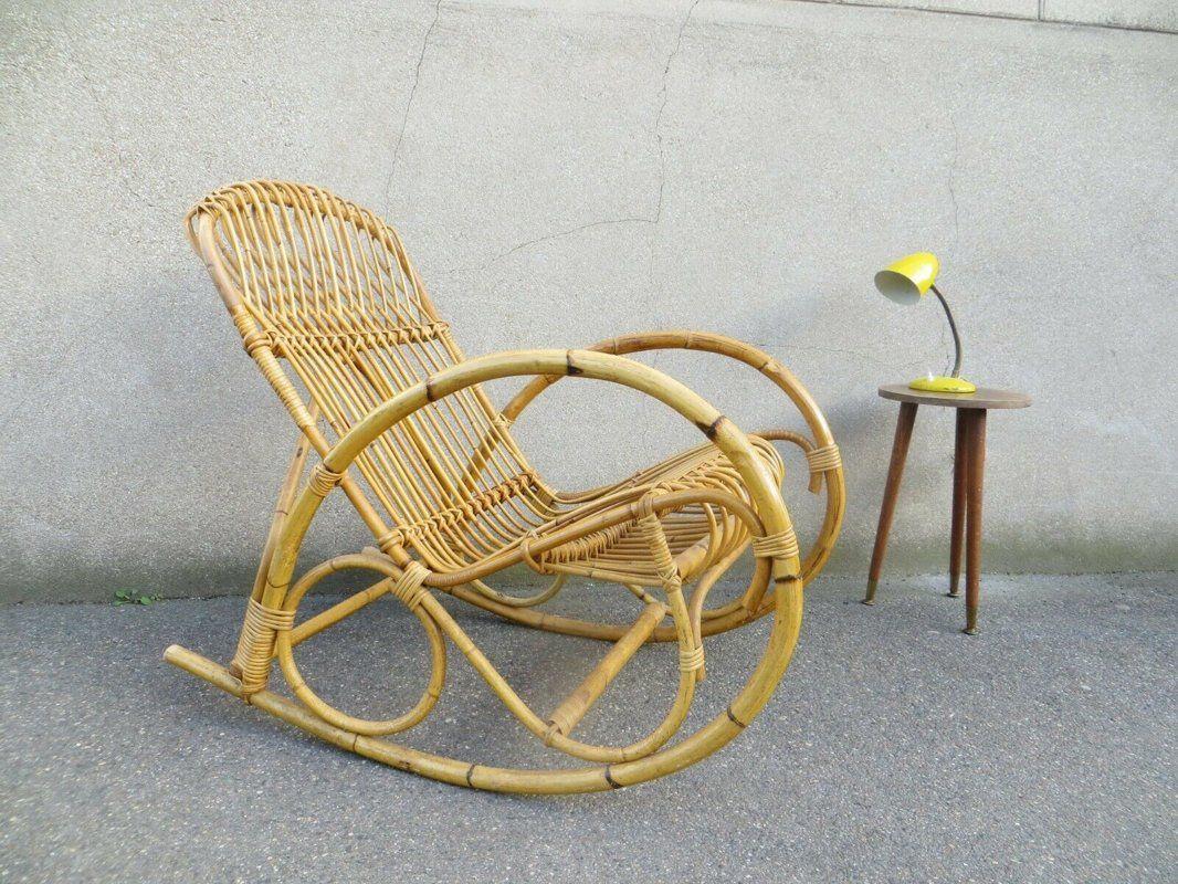 Fauteuil A Bascule En Rotin Annees 60 Vintage Mobilier Boutique De Mobilier Vintage Fauteuil A Bascule Fauteuil A Bascule En Rotin Fauteuil