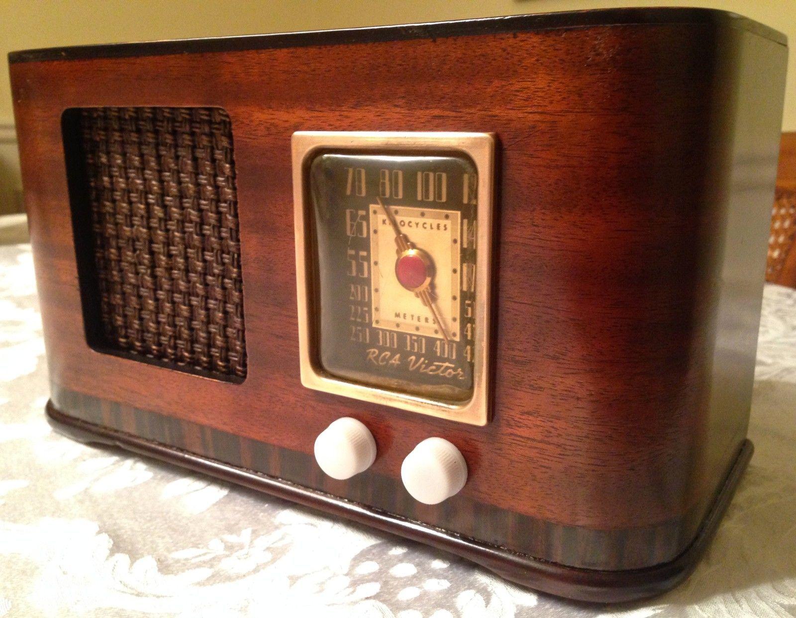 Very Nice Small 1940 Rca 45x3 Art Deco Radio Antique Radio Vintage Radio Retro Radios