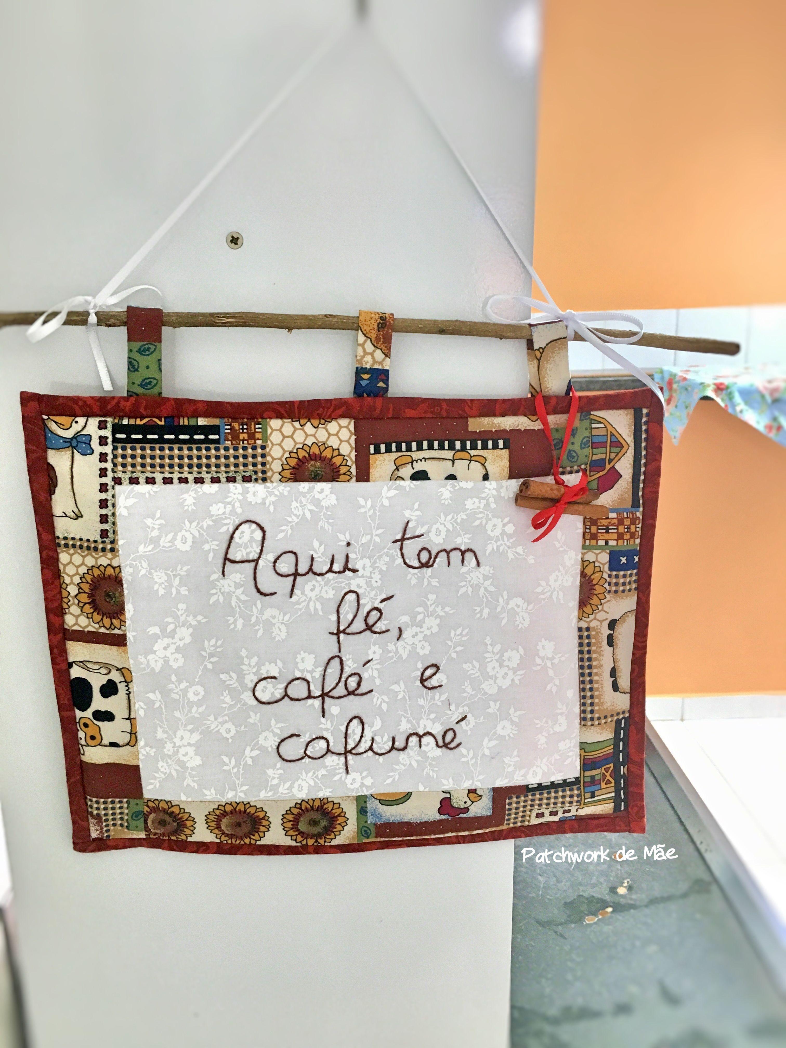 pano decorativo aqui tem fé café e cafuné estilo country