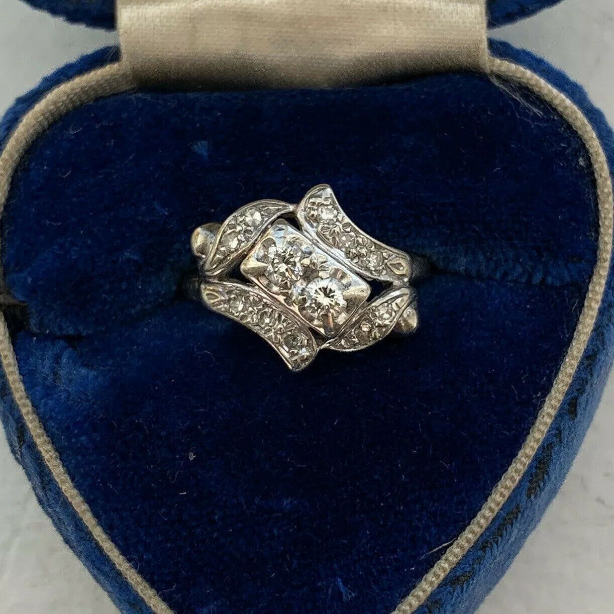 Vintage 14k White Gold Multiple Diamond Engagement Ring Stamped Coronation 6 25 Black Diamond Ring I In 2020 Engagement Rings Black Diamond Ring Diamond Engagement