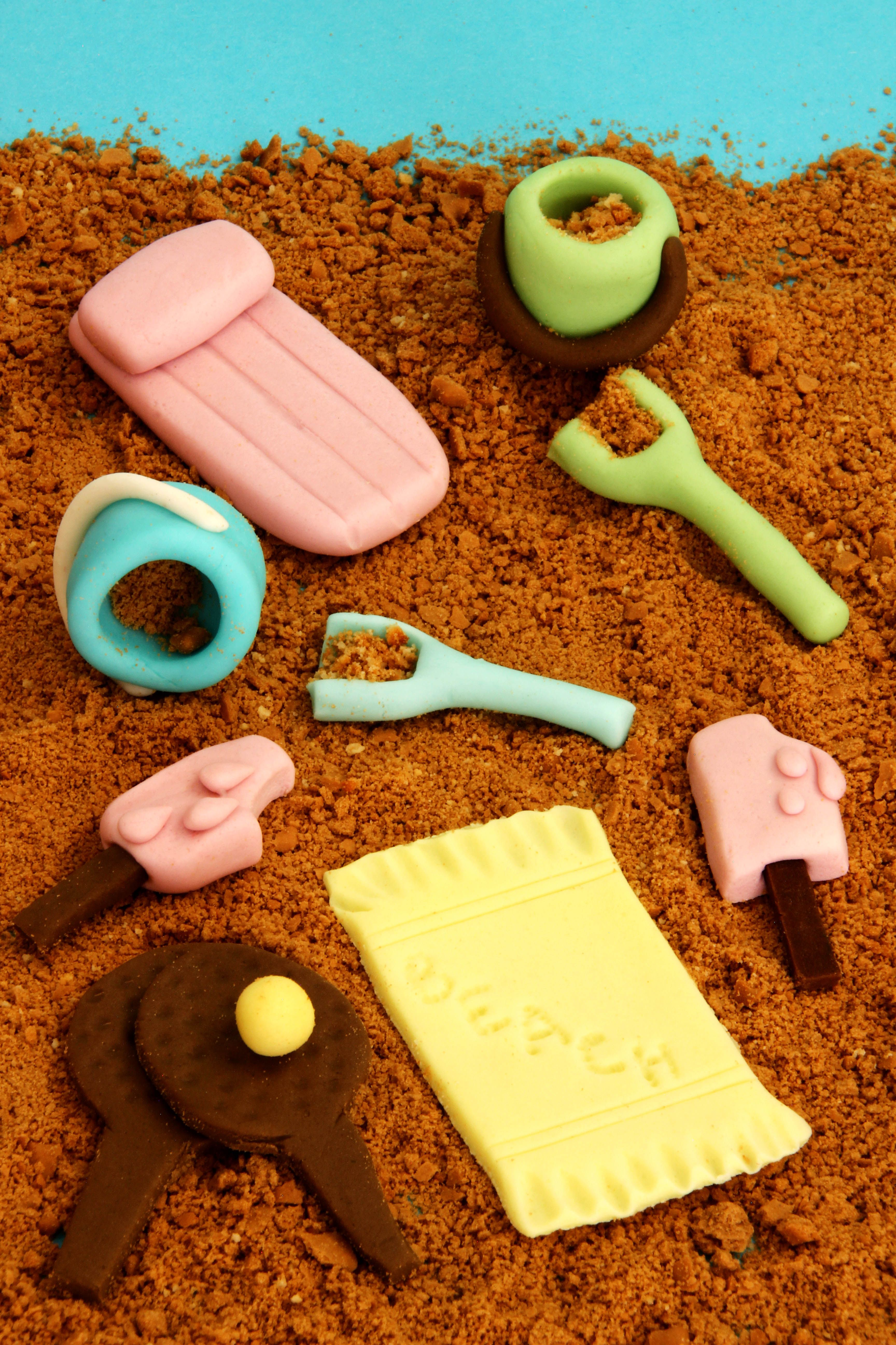 Beach Themed Fondant Cupcake Cake Decorations With Images
