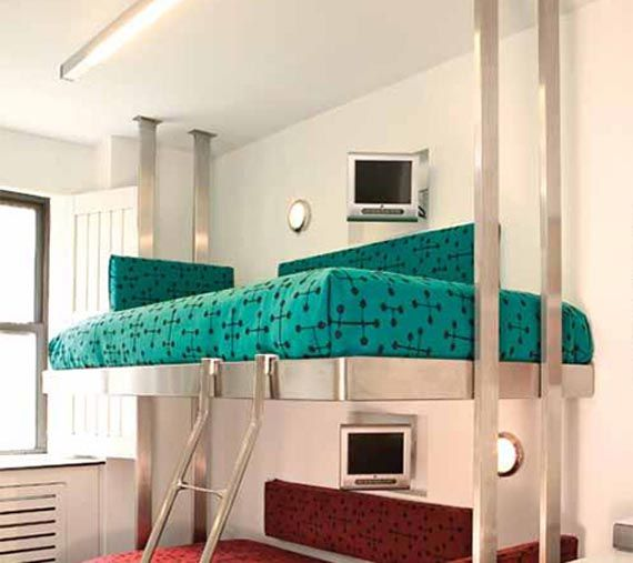 Taking The Trend Of Hotel Chic To New Heights These Contemporary Stainless Steel Bunk Beds By Neo Metro Are Super Cool Designed For Pod