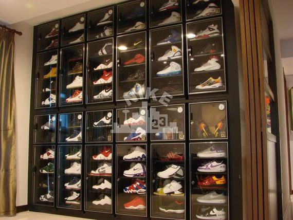 Collections Nikecity23 Nike Basketball Air Jordan More Shoe Room Sneaker Displays Displaying Collections