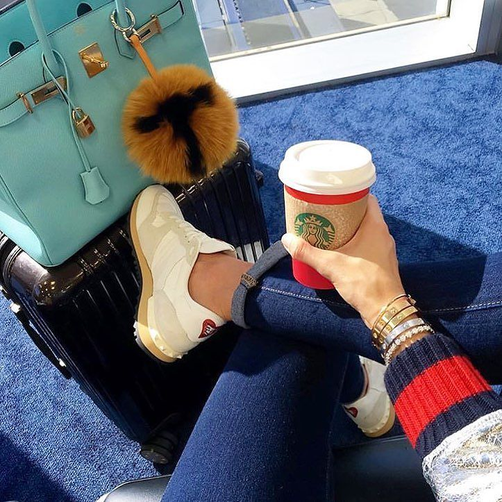 Colorful // #style #moda #look #fashion #blogger #blogsdemoda #fashionblogger #dodia #airportlook #starbucks #fashionista #dujour